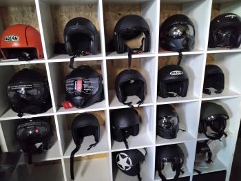 Helmen en Accesoires
